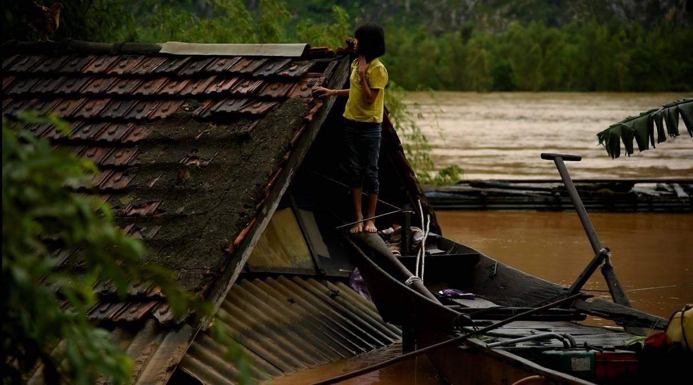 roof-kid-boat
